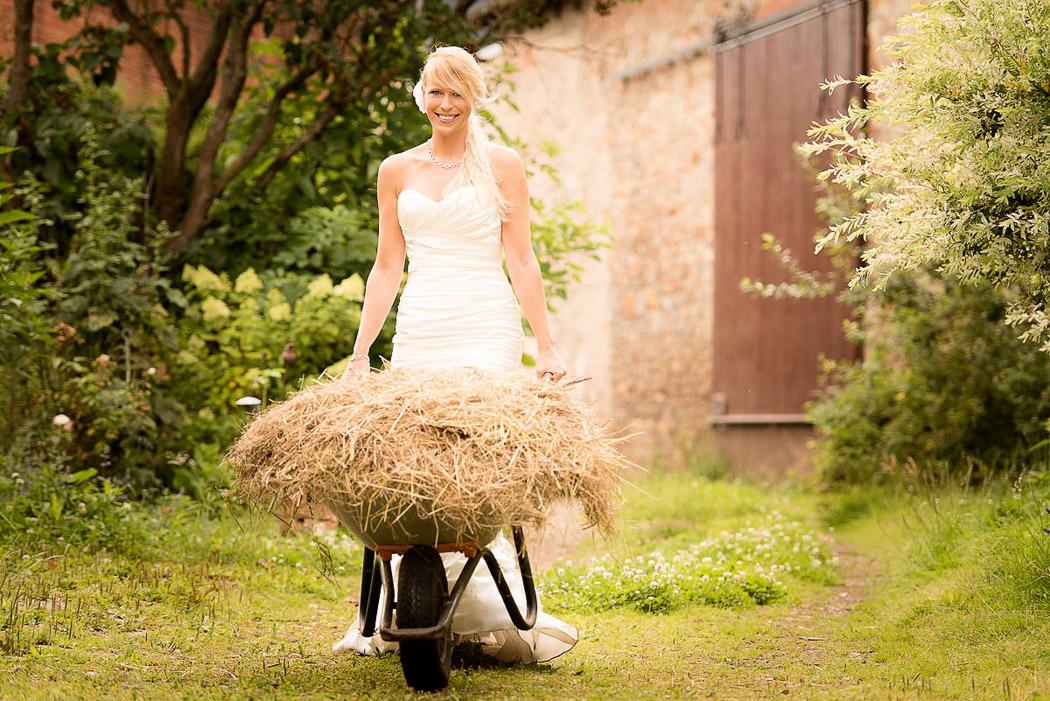 Braunschweig-Fotograf-Hochzeit-Trash-Dress-10