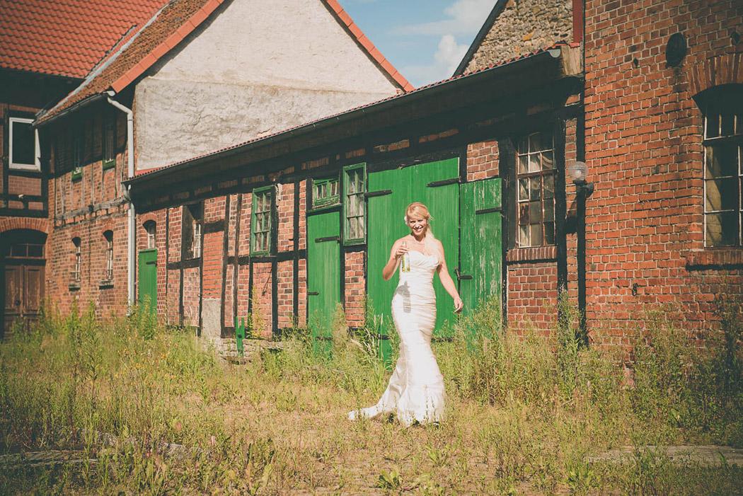 Braunschweig-Fotograf-Hochzeit-Trash-Dress-18