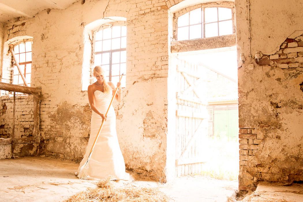 Braunschweig-Fotograf-Hochzeit-Trash-Dress-28