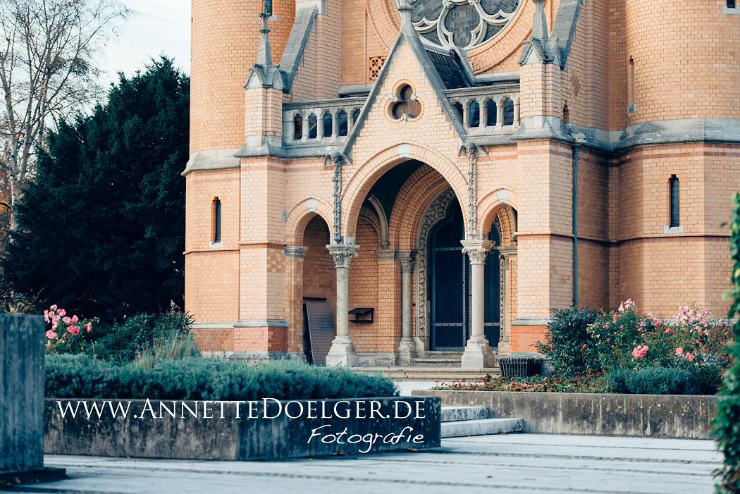 Die evangelische Friedhofskapelle an der Helmstedter Straße