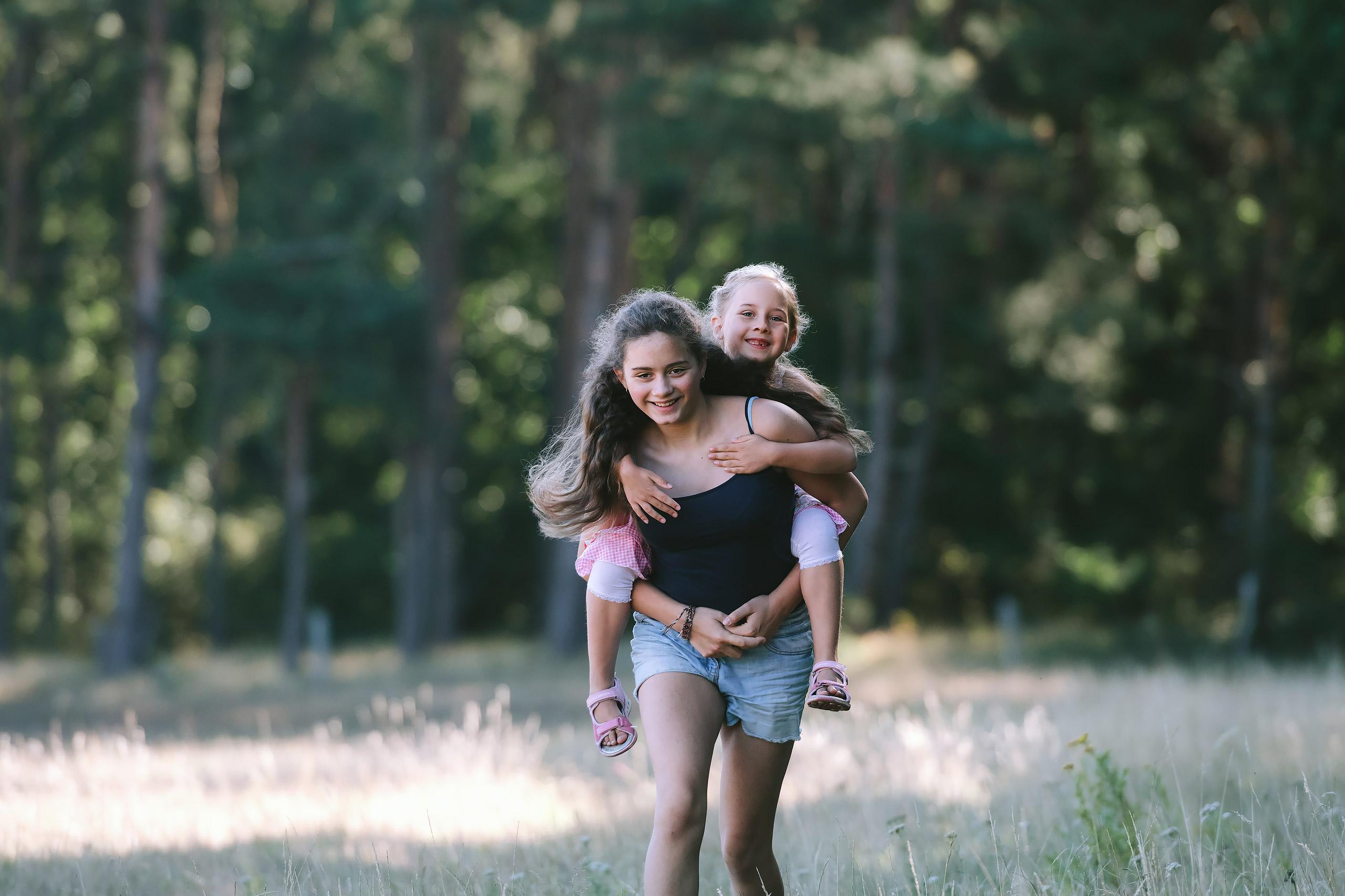 Familienfotografie-Gifhorn-Geschwister