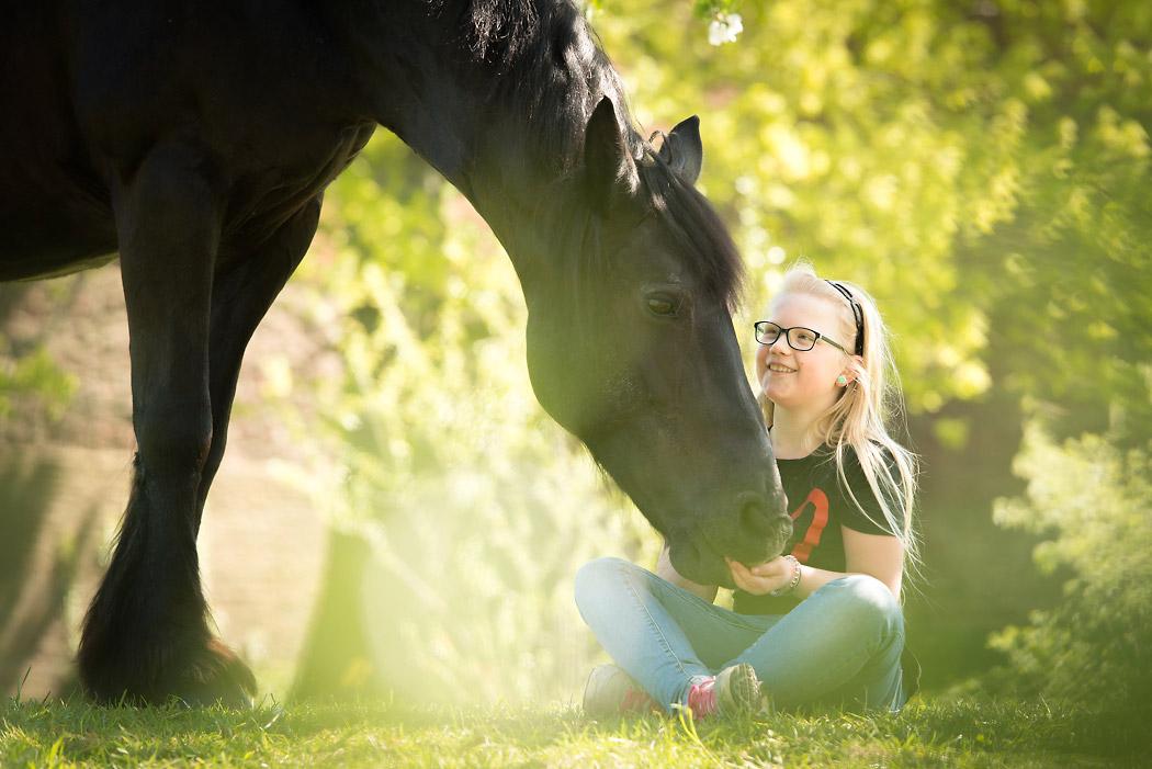 Pferdefotografin-Braunschweig-Kind-Friese
