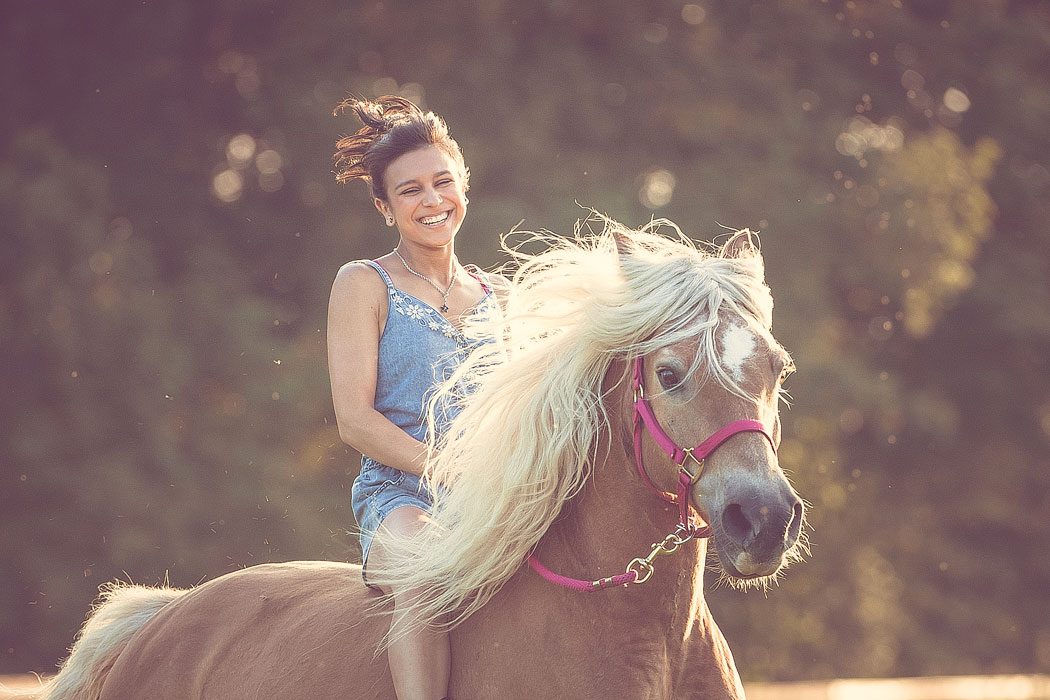 Wolfenbuettel-Pferdefotografie-Pferd-Frau